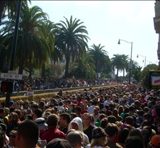 Crowded way before the Race Started