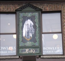Bowlers Barber at the Camden Court Hotel