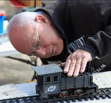 Sonny Wizelman Examines His Mamod Loco