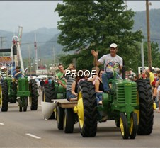 Dolly Parade 5-09-1 220