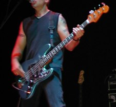 060_Mike_Andrews_on_bass