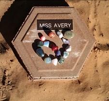 BF739 AO Miss Avery