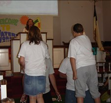 2007 VBS closing program and picnic 050