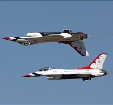 USAF Thunderbirds Back_To-Back