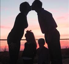 silh kiss 1