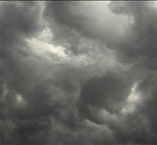 scaryclouds2