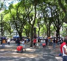 Sé Metro Stop Plaza