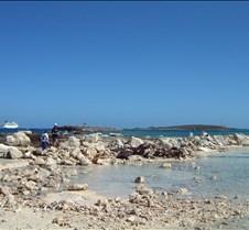 Cococay beach 20010114