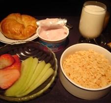 AA 100 - Breakfast