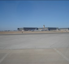 AA 2272 - Hanger at DFW