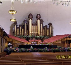 inside Morman Tabernacle