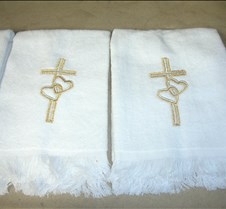 crosshearttowels