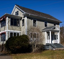 Domus Realty - Cobourg Rd.