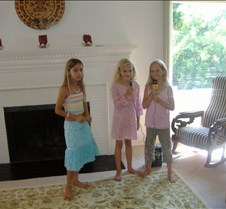 Maggie, Carly, and Grace (Karaoke)