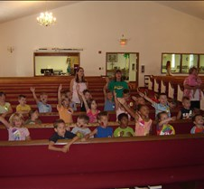2007 VBS closing program and picnic 017