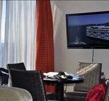 AJ Suite 12532 Dining Area