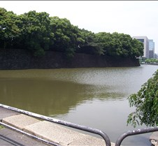 Moat around Imperial palace3