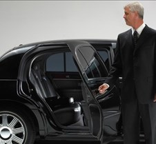 Denver Signature Limousine A high end luxury signature car collection offering signature car services in LITTLETON that provides best car rental services at affordable prices. we have wide range of luxury limo hire services available.