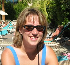 Anne's fashionable sunglasses
