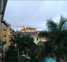 Marriott_balcony_left