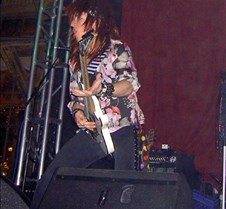 038 Ratchet on lead guitar