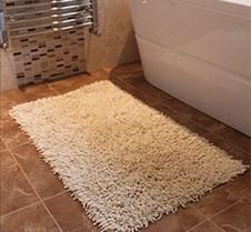Cream Chenille Bathmat 300