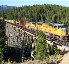 UP-4727 Heads East Over Clio Trestle