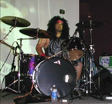 069_bad_ass_drummer_Darren