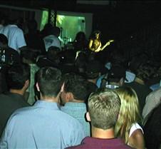 050_big_crowd