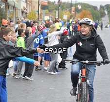bicyclist gets five