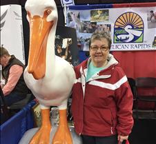 pelican selfie mayor column  4