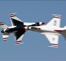 USAF Thunderbirds Head-On Pass