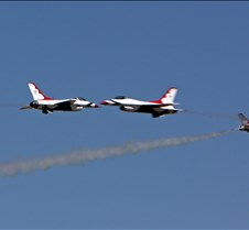 "USAF Thunderbirds ""Starburst"" Return"