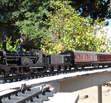 Lambie 4-4-0 Loco & David Leech Coaches