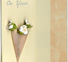 Harmonica-rose_vellum_wrapped_bouquet