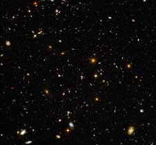 Hubble Deep Field Zooms