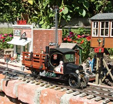Howard Maculsay's Model-T Rail Truck