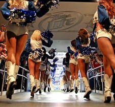 Cheer Tunnel