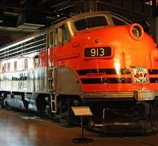 Western Pacific No 913 GM-EMD 1950 F-7A