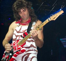 0988 impersonating The King (of guitar)
