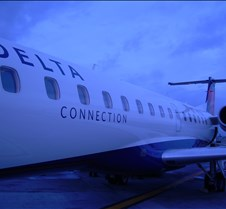 Close-up of ExpressJet ER4