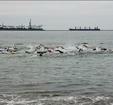 LB Triathlon Elite Group Start