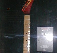 014_Vai_EEAS_guitar