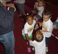 2007 VBS closing program and picnic 033