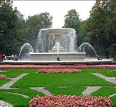 Saxon Palace Garden in Warsaw