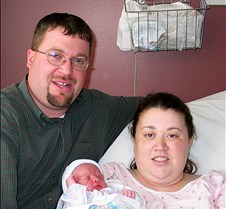 2004 10 23 First Photos of Kaitlyn and Family Kaitlyn's arrival into the world on Saturday, October 23, 2004, at 10:58am at Valley View Hospital, Ada, OK. Born to Jonathan Scott and Randi Dawn Moffat, Roff, OK.