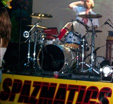 0898 Happy Humpty Drummer