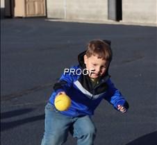 hc kid throw ball