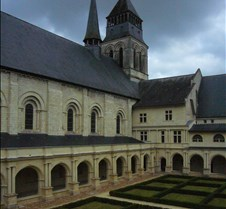 Abbaye le Fontevraud - Cloister Garden