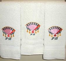 Japanese fan on towels